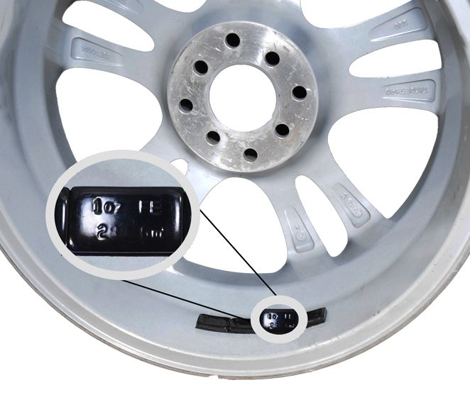 Tape [Steel] 1.00 Oz. Low Profile [32-6 Oz Strips] [Black] (Wheel Weights)